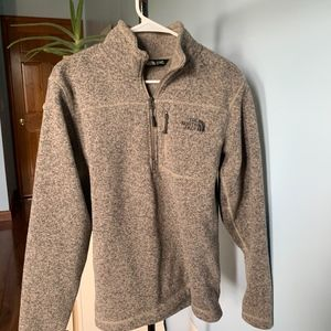 North Face 1/4th Zip Pullover - Size S (NWOT)
